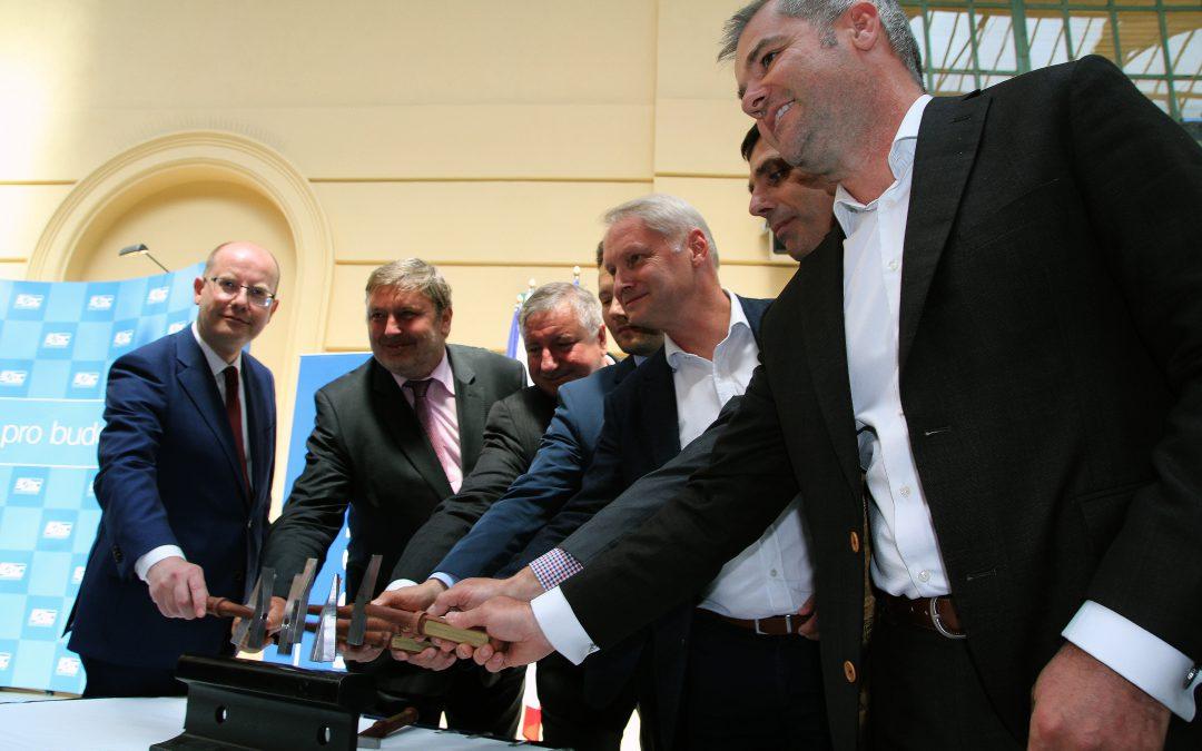 V Praze začíná rekonstrukce historického Negrelliho viaduktu